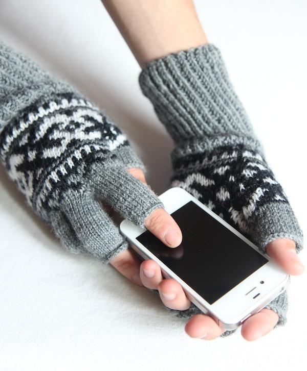 Chinook Fingerless Gloves | Italian Dish Knits