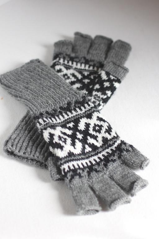 Chinook Fingerless Gloves Italian Dish Knits