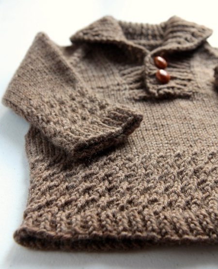 dino-sweater-front-detail