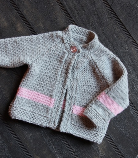 baby-girl-raglan-sweater